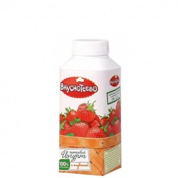 Йогурт Вкуснотеево питьевой с клубникой 1,5% 330гр.