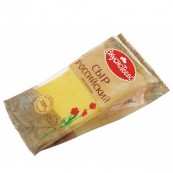 Сыр Вкуснотеево Российский 50% 310гр.