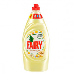 Средство Fairy для мытья посуды «Ромашка и витамин Е» 900 мл.